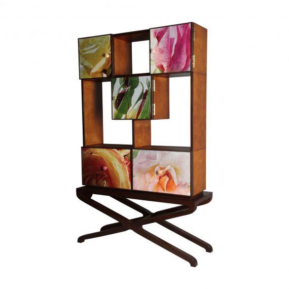 Rose Garden 014 - Cabinet